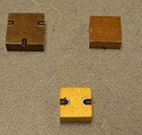 Mini Surface Mount Circulators and Isolators200x200 (002)