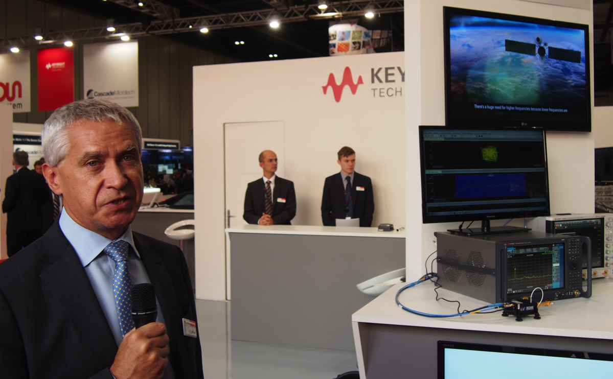 Guy Séné, Keysight senior VP, unveils the 110 GHz UXA at the Keysight booth at EuMW.